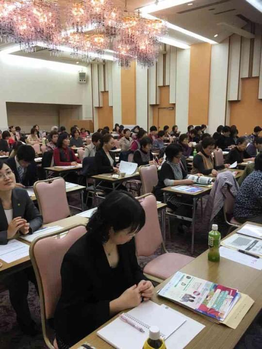大阪梅田の「イクメン大学」が人気
