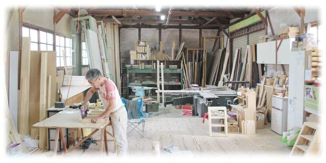 紡績工場跡で家族が紡ぐ、居心地いい空間~カフェOMO屋・雑貨TONTON・シン木工舎~