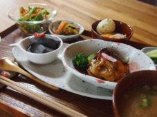 大人の食の学び場 寺子屋 花プロデュース 薬膳カフェ「おうち薬膳 菜花(なばな)」