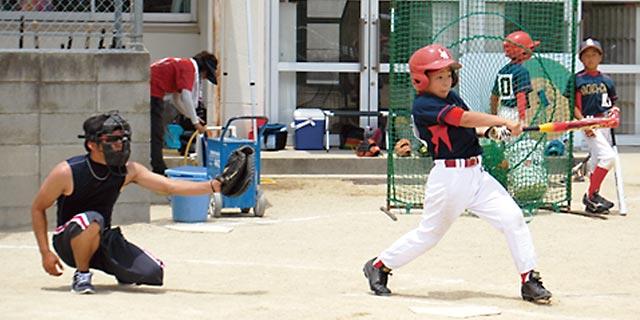 志都美・旭ヶ丘スポーツ少年団男子ソフトボール部 楽しいよ!スピード感がスゴイ「ソフトボール」(香芝市)