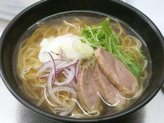 カフェで食べる絶品ラーメン!無添加のお肉定食と麺類|minesora (みねそら)