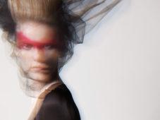 埼玉県立近代美術館「『May I Start? 計良宏文の越境するヘアメイク』鑑賞券」(1,100円相当)5組10名様にプレゼント