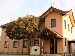宮大工が建てた教会で祈りを捧げる 日本聖公会 上野聖ヨハネ教会(伊賀市)